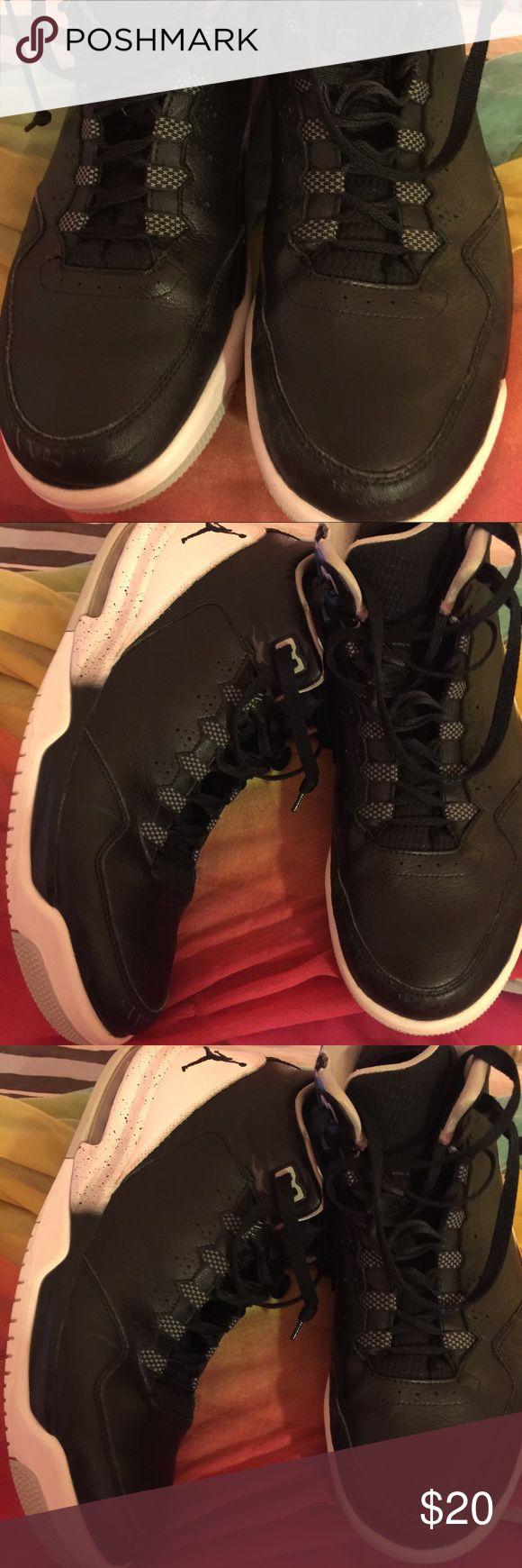 JORDAN FLIGHT TENNIS HIGH TOP USED NICE🌹❤️ JORDAN FLIGHT HIGH TOP TENNIS SHOES USED IN GOOD SHAPE SIZE 12 ❤️️🌺❤️ Jordan Shoes Sneakers
