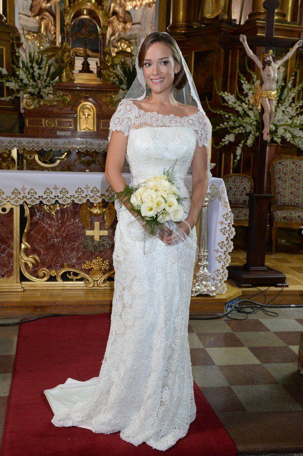 Alicja Bachleda-Curuś w sukni ślubnej.