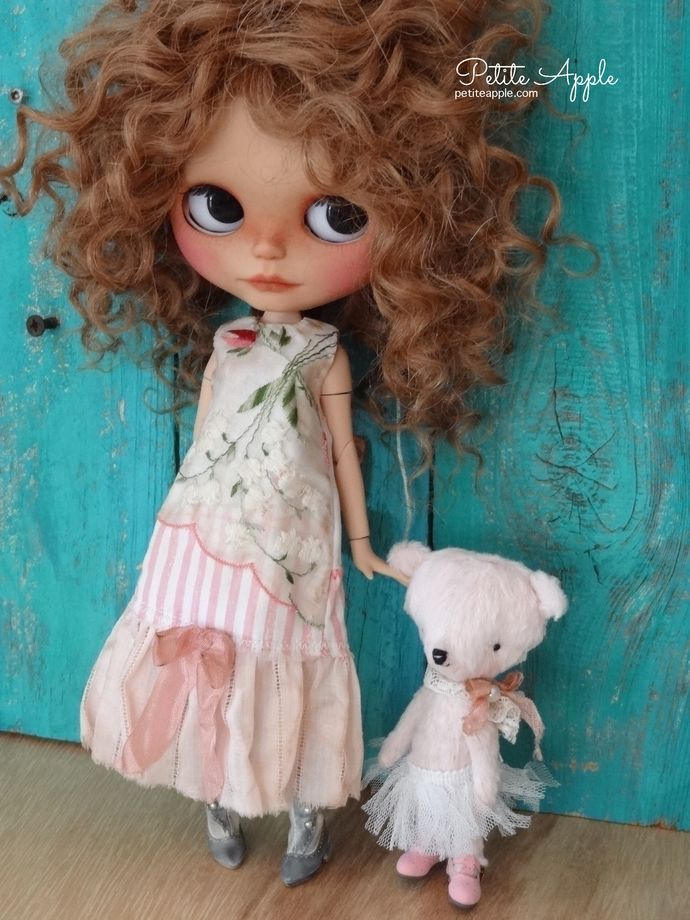 Blythe long outfit by Petite Apple