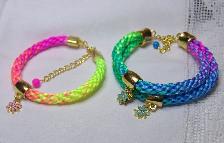 Color play - Summer rat tail bracelets