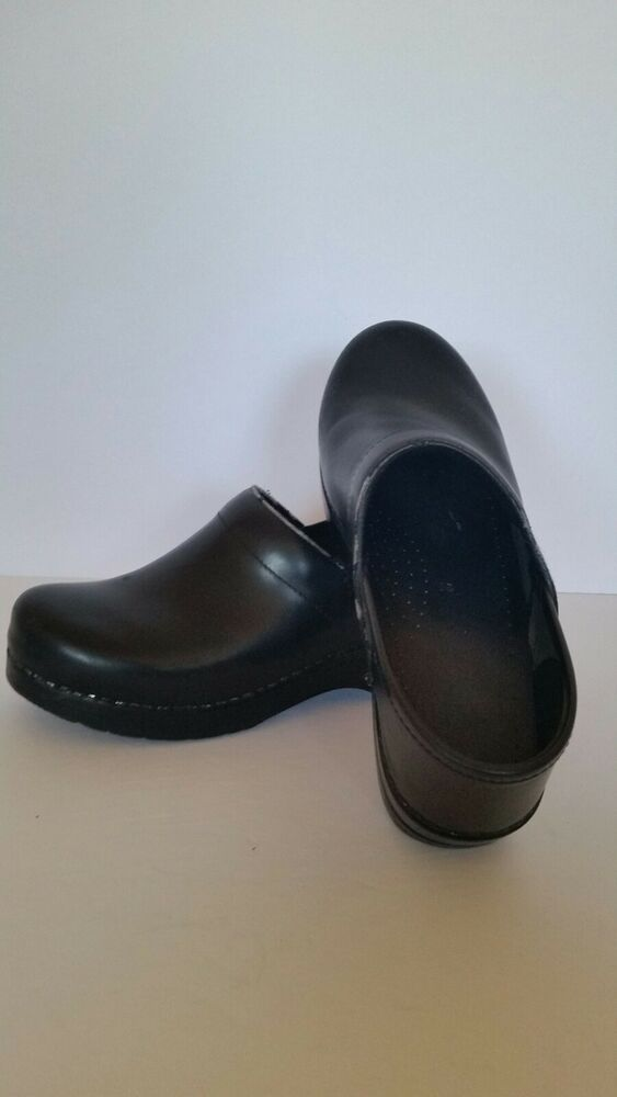 Women's Shoes Dansko Professional Brown Patent Leather Clogs Inspiration Womens 37 Us 6.5-7