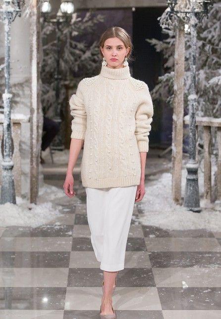 A LA RUSSE - Анастасия Романцова | уникальный дизайнер и создатель бренда A LA RUSSE - Anastasia Romantsova