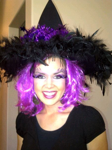 Great ideas for witch makeup and Halloween makeup!