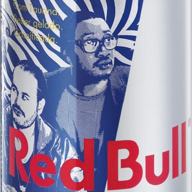 Buraka Som Sistema homenageados pela Red Bull com lata personalizada