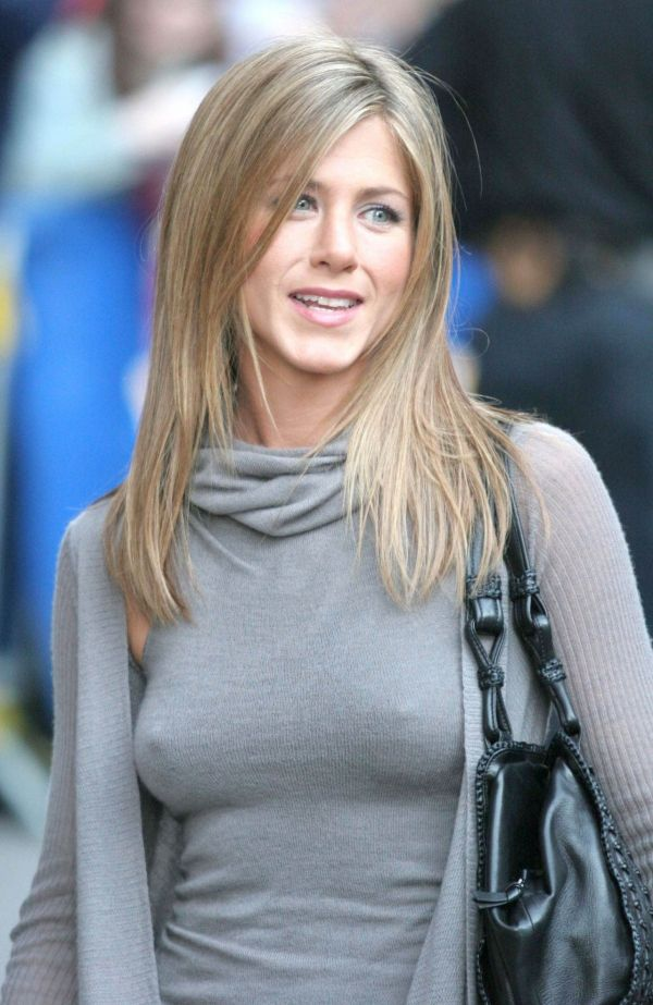 Jennifer Aniston 80s haircut