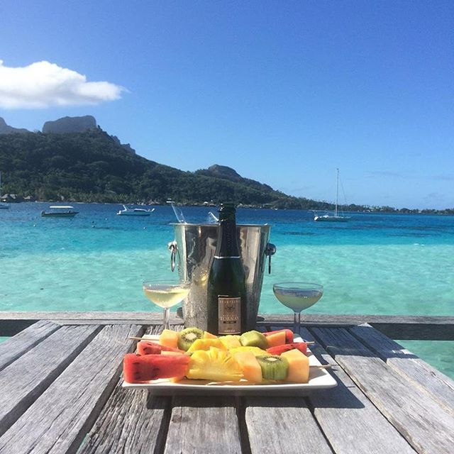 Could It Get Any Better Than This Felia Chan Http Lemoana Intercontinental Com Icmoana Borabora Frenc Guest Experience Hiding Places Happy Places