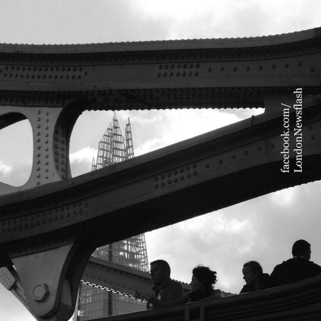 Tower Bridge + Shard #ldn #london #uk #igersuk #ig_london #londoners #instalondon #igerslondon #londonlife #londres #londra #thisislondon #londoners  #londoner #wanderlust #viaje #reise #travel #instapassport #viagem #voyage #shard #architecture #theshard #traveler #traveling #towerbridge #igtravel #architexture  #travelphotography #blackandwhite #monochrome #bnwmood #travelpic #archilover  #shardlondon #bnw_london #monochromatic  facebook.com/LondonNewsflash | instagram.com/LondonNewsflash