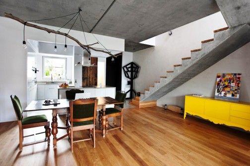 Architekci ze studia Mode:lina zaprojektowali ostatnio dom w Poznaniu, który w swej konstrukcji przypomina taras. Przestrzeń nie jest ograniczona żadnymi ścianami, co optycznie ją powiększa i dodaje wnętrzu oddechu. Projekt zawiera sporo akcentów eko. http://sztuka-wnetrza.pl/1564/artykul/projekt-wnetrza-domu-ndash-blizej-natury