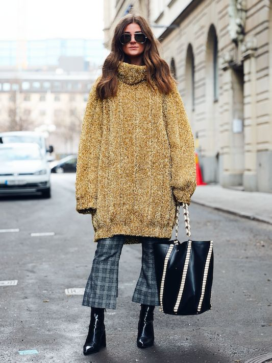 20+Outfits+to+Copy+From+Stockholm+Fashion+Week+Street+Style+via+@WhoWhatWear