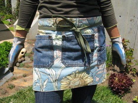 Een tuinschort maak je natuurlijk van stevige stof. Denim, jeans spijkerstof, is uitermate geschikt. Je kan allemaal stukken aan elkaar …