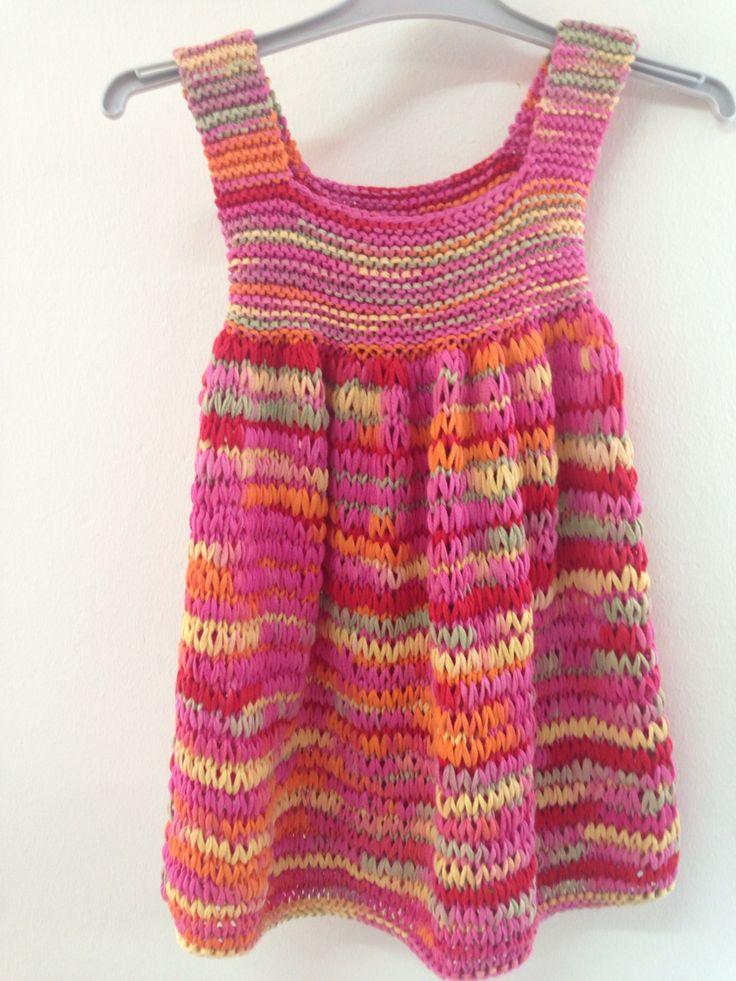 Vestido niña, tejido a dos agujas con cinta de algodón jaspeada 100% ÁGATA de Mondial