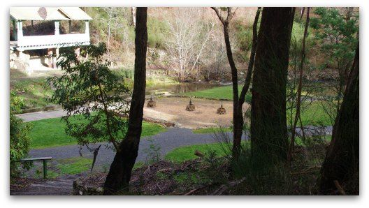 daylesford victoria Central Springs Reserve next to Lake Daylesford mineral springs