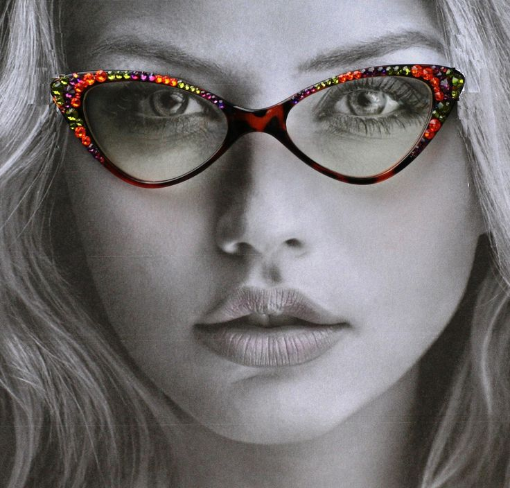 Bling Cateye Glasses, Cat Style tortoise colored frames, Autumn Color Swarovski Crystals, 100% UV Protection, Vintage Style by SunglassShenanigans on Etsy https://www.etsy.com/listing/246521431/bling-cateye-glasses-cat-style-tortoise