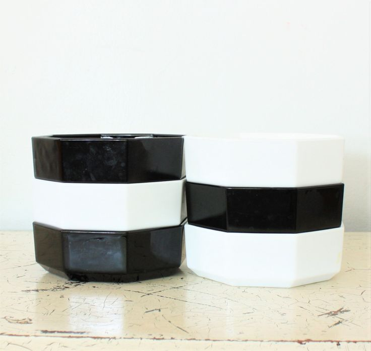 Vintage Arcoroc Arcopal Octime Black and White Stacking Bowls, Octagon Geometric…