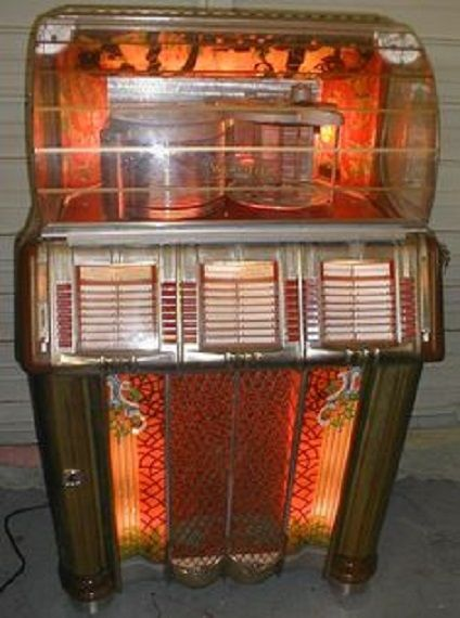 1950 S Wurlitzer Jukebox Played 45 Rpm Vinyl Records