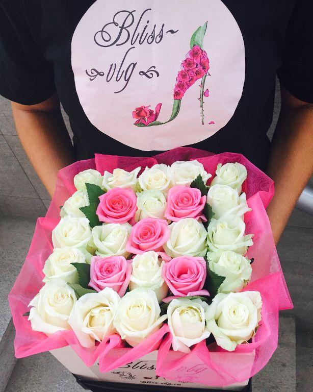 Букет из 27 роз в коробке #flowers #bouquets #roses #Volgograd