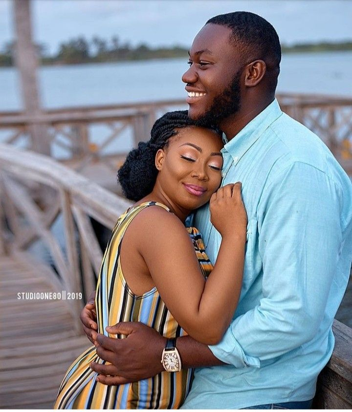 Pin By Sharon Brown On Black Love Couple Photoshoot Poses