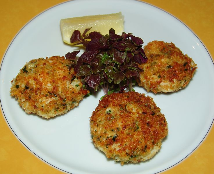 Crab cakes (Fast & Fabulous class)