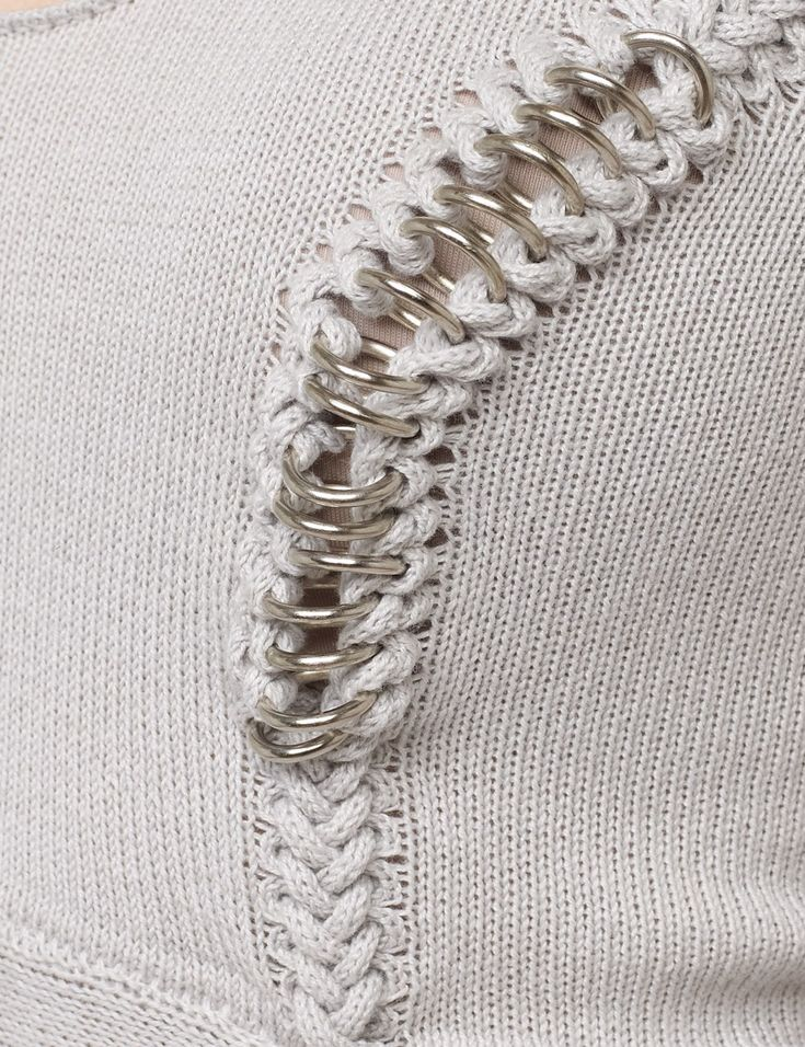 Knitted dress close up with integrated O rings at the seams; fashion design detail; textiles; knitwear // Felder Felder