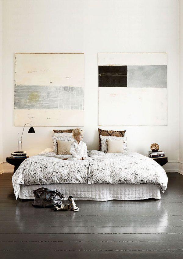 naja-menthe-house-tour-apartment-34- love the artwork