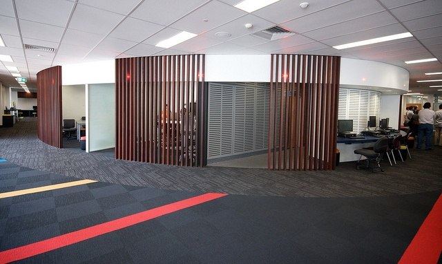 Griffith University Nathan Library - Group study spaces and privacy screens
