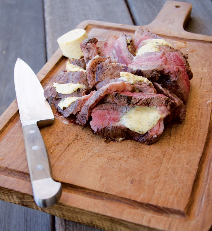 Jan Braai gives us some tips on how to get your steak to be this mouth-wateringly delicious.