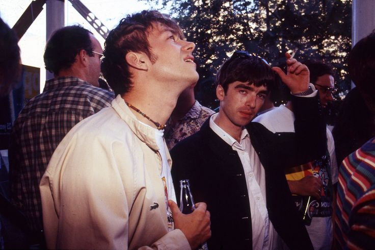 Damon Albarn says Blur's 'Country House' and Oasis' 'Roll With It' were 'both shit' - NME
