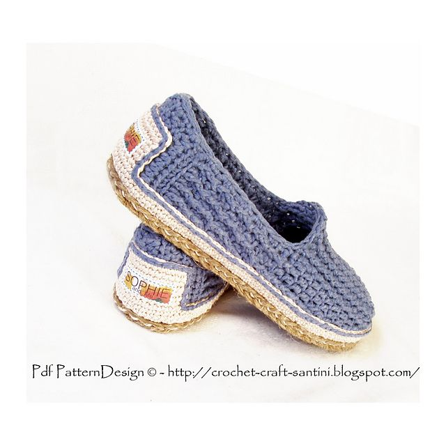Ravelry: Denim Loafer-Espadrilles - Cord-Soles applied to BASIC SLIPPER PATTERN pattern by Ingunn Santini ✭Teresa Restegui http://www.pinterest.com/teretegui/ ✭