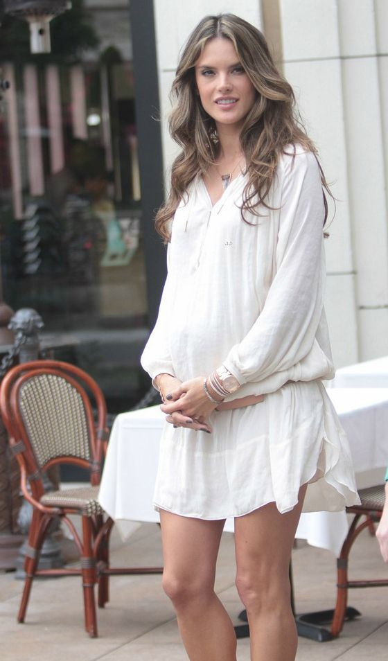 Alessandra Ambrosio's Maternity Style