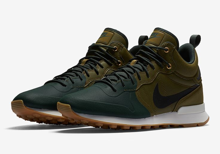 The Nike Internationalist Mid Utility Perfect For the Fall