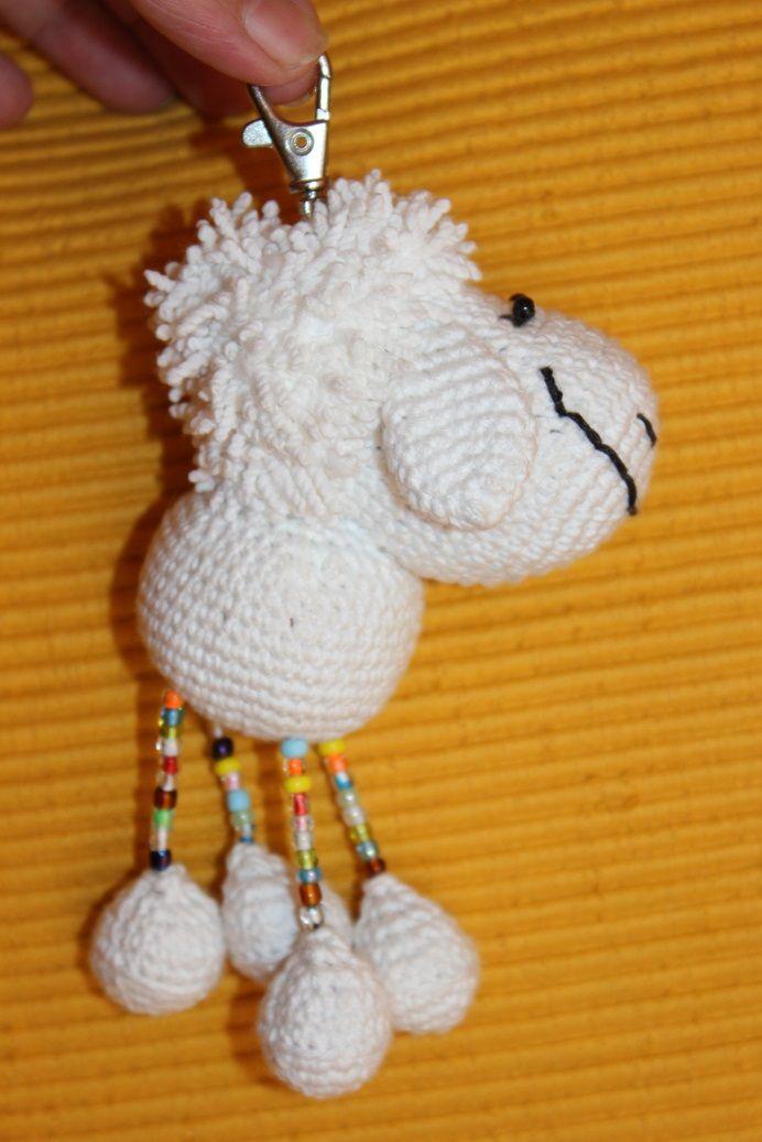 Schlüsselanhänger oder Taschenbaumler Schaf Manni <3