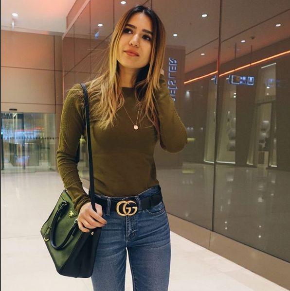 Buket Güler Hanım'ın kot pantolonuyla kombinlediği Gucci G buckle kemeri için siparişlerinizi bekliyoruz.Kısıtlı sayıda bedenleri olduğunu unutmayalım ;) #buketgüler #gucci #guccikemer #gg #buckle #belts