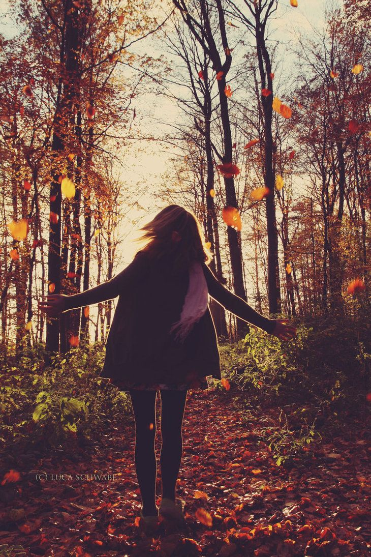 In autumn the world seems entirely magical. My favorite season which teaches me that change can be beautiful.