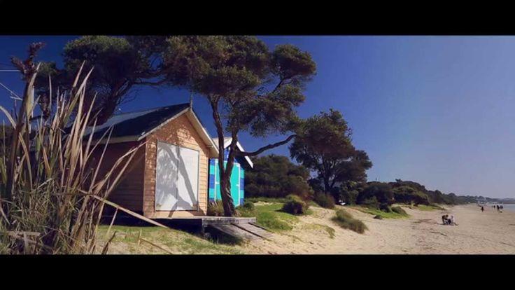 Gray Line Melbourne Mornington Peninsula Day Tour  Sorrento, Portsea Back Beach, Mornington, Sunny Ridge Strawberry Farm, wine tasting, Flinders