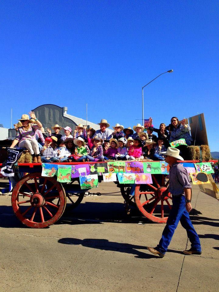 Ellerston Public School in the 2015 Scone Horse Festival Parade