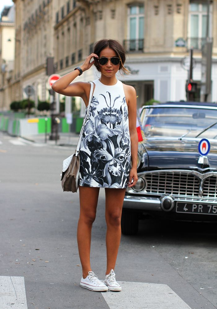 Sincerly, Jules- in a fantastic print dress paired with white cons, perfect for summer!