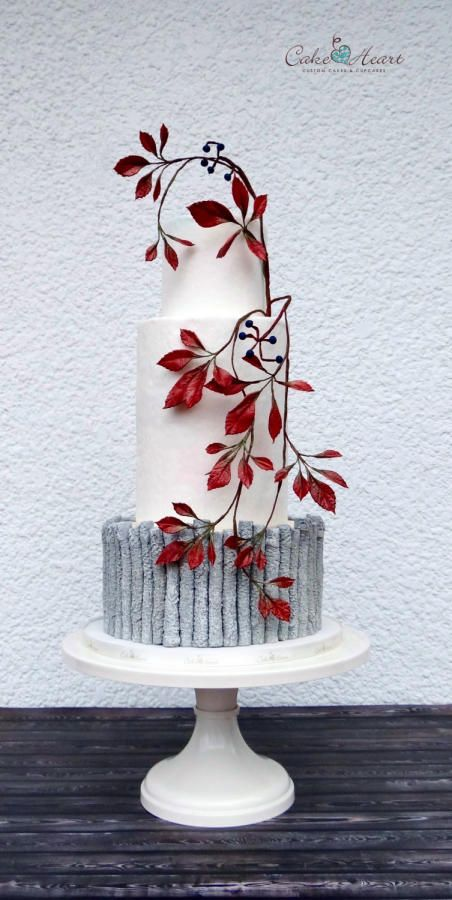 Autumnal love by Cake Heart - http://cakesdecor.com/cakes/257808-autumnal-love