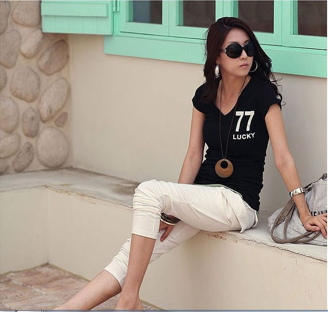 VネックTシャツ   T & S