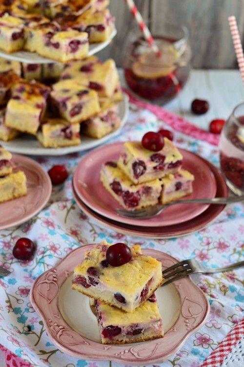 Bögrés meggyes-tejfölös sütemény recept