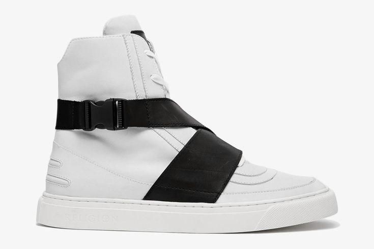 Religion Strap Hi-Tops / Kotníkové boty, futuristické, bílé, sneakers  #religion #shoes #sneakers #midtops  http://www.urbag.cz/futuristicke-kotnikove-boty-religion-strap-hi-tops/