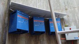 Inversores trifásicos para sistema fotovoltaico.
