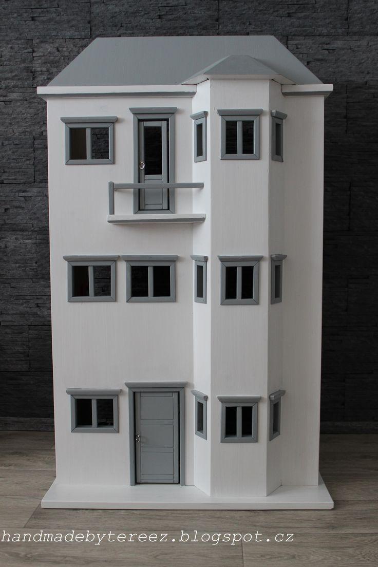 Dolls house ...