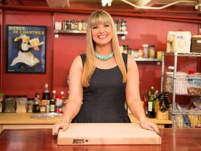 Damaris Phillips, winner of Next Food Network Star Season 9, Food Network show Southern At Heart. Love her!