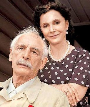 Actor Vasily Lanovoi 80 years old! In the photo - with his wife, actress Irina Kupchenko., With whom he has 40 years of happy marriage ...