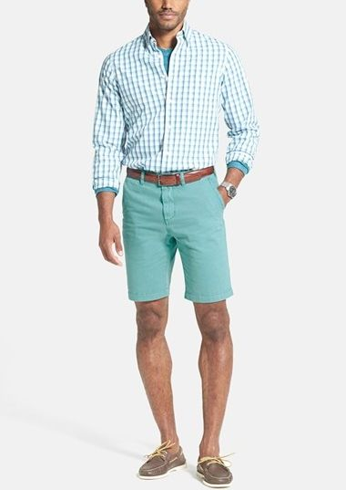 Weekend style | Sport shirt and cotton twill shorts