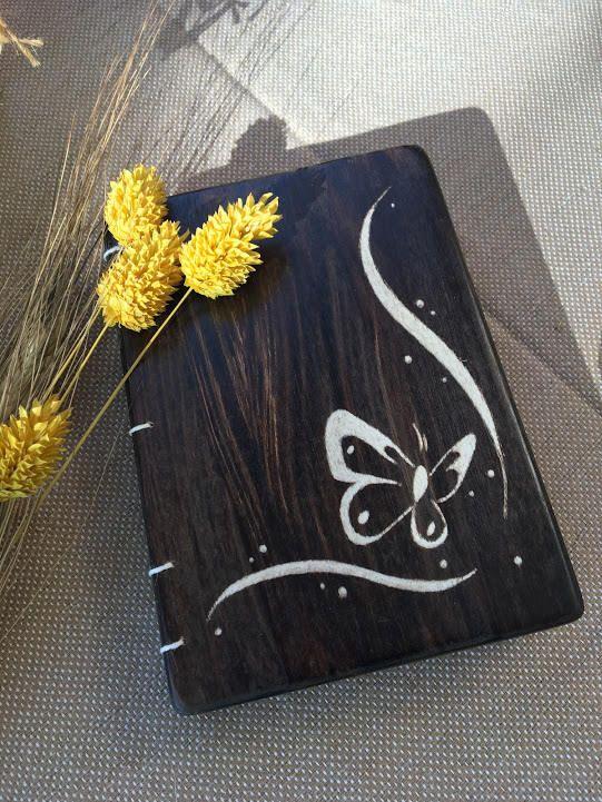 Bloc de notas, agendas y diarios personalizados con tapas de madera y personalizados. de TotdeFusta en Etsy