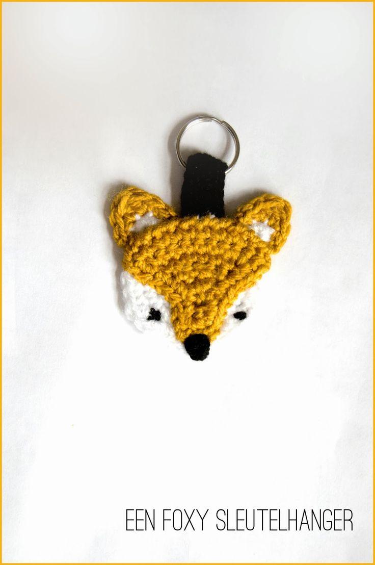Free crochet pattern for fox keychain holder by  Miza Vanila