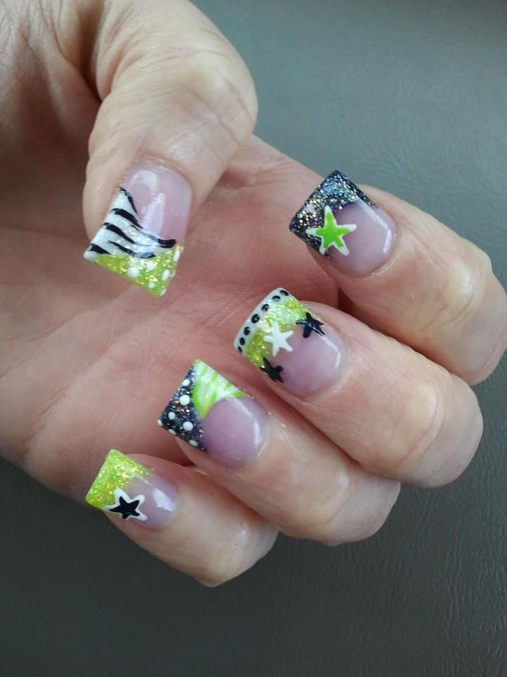 Best 25+ Star Nail Designs Ideas On Pinterest
