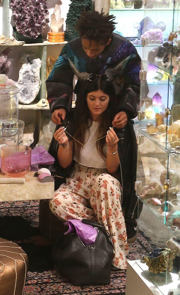 Kendall kardashian dating jaden smith