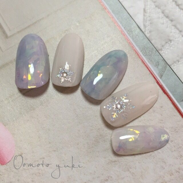 marbled water colour nails // winter inspired
